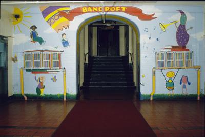 <i>Joies de livres</i>, 1996, mural, acrylic on wall, 20' x 12' x 3'